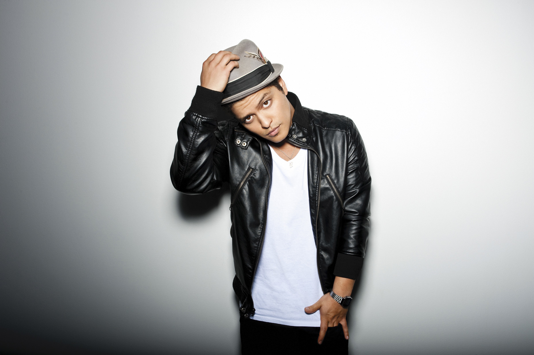 Bruno Mars  \\ Andrew Zaeh Photo + Motion